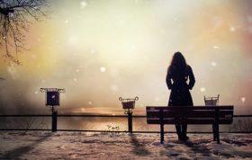احساس تنهایی, رابطه عاطفی ، ارتباط عاطفی ، زن عاشق، زنان عاشق